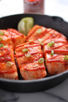 Sweet and Spicy Sriracha Baked Salmon - An amazing healthy meal ready in less than 20 minutes!