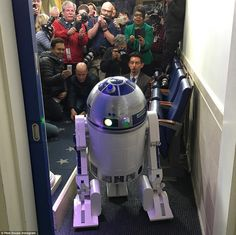 R2D2 posed for photos in the White House press room