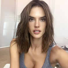 """Supermodel Alessandra Ambrosio's said """"Bye-bye"""" to her long, luscious locks, and """"Hello"""" to a choppy, long layered bob! Dubbed """"Sexiest Lob Ever"""" by InStyle, Ale debuted her fresh locks via Instagr..."""