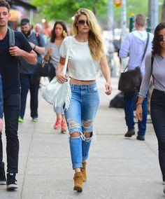 Wear It Stylish, Wear It Ripped - 17 Step Rip Technique - TheStyleCity - Men's Fashion & Women's Fashion | Style Guide