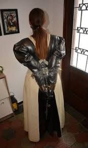 Hermann Victoria Latex - Google Search Victorian Maid, Latex Costumes, Latex Lady, Latex Girls, Leather Pants, 21st, Submission, Outfits, Clothes