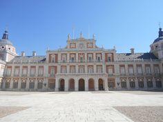 Fachada pabellon central Palacio Real.