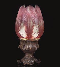 TULIP CAMEO TABLE LAMP, circa 1900