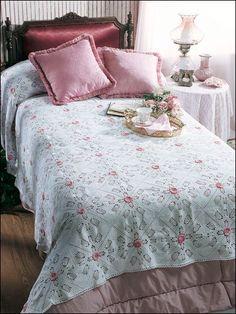 CrochetKim Free Crochet Pattern: Rosebuds in the Snow Bedspread @crochetkim
