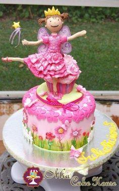 Pinkalicious cake - by MiaCakeHouse