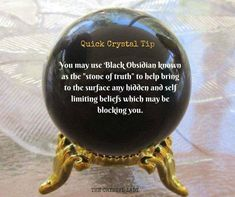 Crystal Uses, Crystal Healing Stones, Crystal Magic, Crystal Grid, Crystal Ball, Crystals And Gemstones, Stones And Crystals, Wiccan Spells, White Witch