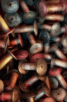 Old Thread Spools (old objects, antiques, vintage, retro)