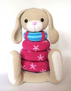 Stacking bunny pattern by Christel Krukkert