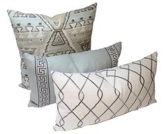 Best Indoor Garden Ideas for 2020 - Modern Navajo, Diy Pillows, Accent Pillows, Pillow Cover Design, Pillow Covers, Giant Floor Pillows, Diy Pouf, Vintage Camper Interior