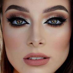 Gorgeous Makeup: Tips and Tricks With Eye Makeup and Eyeshadow – Makeup Design Ideas Gorgeous Makeup, Love Makeup, Makeup Inspo, Makeup Inspiration, Style Inspiration, Prom Makeup, Bridal Makeup, Wedding Makeup, Hair Makeup