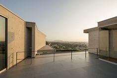 © Renzo Rebagliat Casa en la ladera-II / Benavides & Watmough arquitectos