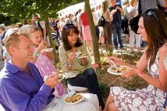 Experience some of the best food and drink Wales has to offer at one of our amazing food and drink festivals. Welsh Recipes, Food Festival, Really Cool Stuff, Wales, Food And Drink, Couple Photos, Drink Recipes, Festivals, United Kingdom