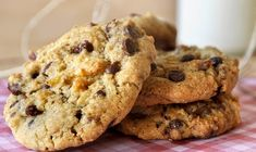 Chocolate Chip Cookies Ingredients, Butter Chocolate Chip Cookies, Healthy Sweets, Healthy Snacks, Cake Bars, Easy Cookie Recipes, Food Crafts, Baked Goods, Tahini