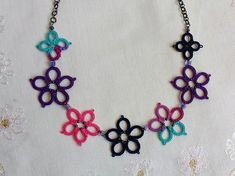 Tatted Flower Power Necklace by Tatting TatsRight #tatting #tatsright #flowerpower #necklace #etsy #etsyshop #festival