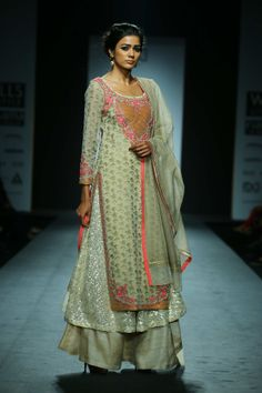Vineet Bahll - WIFW Autumn/Winter 2014