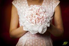Ramo novia rosas preservadas pequeñas Mayula Flores. Foto: Fernando Sancho