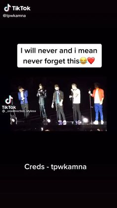 Harry Styles Singing, Harry Styles Funny, Harry Styles Pictures, One Direction Edits, One Direction Pictures, Larry Tattoos, You Broke My Heart, Normal Guys, Mr Style
