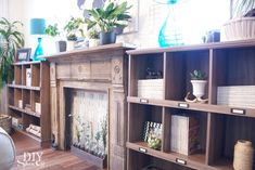 Eclectic family room makeover and 'faux' bookcase built-ins at diyshowoff.com