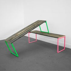uhuru - neon painted legs and reclaimed wood. My bench would look good with neon painted legs :) Handmade Furniture, Home Furniture, Modern Furniture, Furniture Design, Outdoor Furniture, Office Furniture, Regal Design, Decoration Originale, Take A Seat