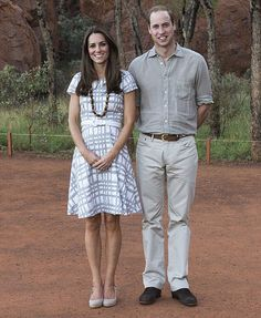 Following in Charles and Diana's footsteps, Wills and Kate visit Uluru as sun sets on one of most stunning sites on earth | Mail Online