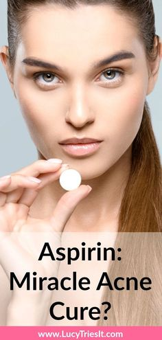 Easy DIY Aspirin Face Mask For Acne Out of all the uses for aspirin, I bet you didn't think you could add acne treatment to the list! Aspirin Face Mask, Natural Oils For Skin, Natural Beauty, Beauty Hacks For Teens, Acne Causes, Acne Face Mask, Natural Acne Remedies, Acne Scar Removal, How To Treat Acne