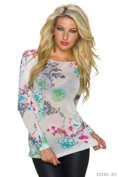 Leichter Strick-Pullover für Damen mit süßen Blumen-Muster. #pullover #pulli #herbst2015