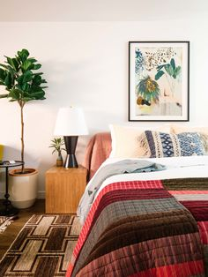 We just gave our guesthouse a spring update! Here are some great bed and bath essentials from Use cod Boho Chic Bedroom, Bedroom Decor, Bedroom Inspo, Bedroom Inspiration, Bedroom Ideas, Vintage Home Decor, Diy Home Decor, Cheap Dorm Decor, Houses