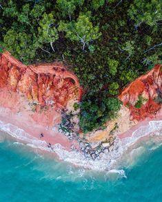 SW0322 - Rainbow Beach – Salty Wings