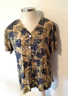 JACLYN SMITH Women's Silk Blouse Top Shirt XL 18/20 Blue Green Gold Leaf Pattern #JaclynSmith #ButtonDownShirt #silk #jaclynsmithstudio #blouse #shirt #top #1X #18/20
