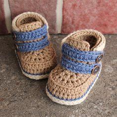 Cairo boots crochet pattern by Inventorium