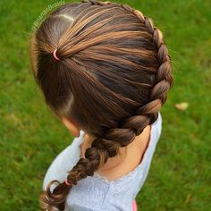 Cut side pony braid