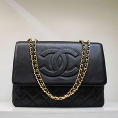 Chanel Important Essential