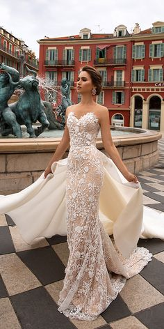 Wedding Dress viero wedding dresses 2019 sheath strapless sweetheart lace with overskirt - Be the most charming and sexy bride in these stunning bridal gowns. Just sit back and enjoy these beautiful photos. Viero wedding dresses 2019 right here! Sexy Wedding Dresses, Bridal Dresses, Wedding Gowns, Dresses Dresses, Party Dresses, Wedding Venues, Fashion Dresses, Wedding Shoes, Wedding Rings
