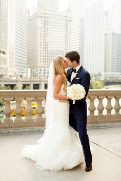It's just not a weekday morning unless I've read my cheeky news recap from theSkimm. So whenOlivia Leighsent the photosof co-founder, Danielle's stunning Chicago wedding, we happily obliged to share.North Shore Weddings &Eventsdidn't disappoint with a city-chic-meets-rustic-cool vibe, and transformedaspaciousloft into