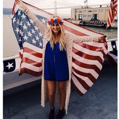 Haybands US of HAY Flower Haylo seen yachting in San Francisco for the 4th of July! www.orderhaybands.com