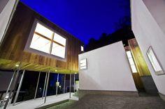http://www.archdaily.com/143208/mebius-atelier-tekuto/