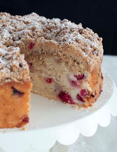 Cranberry Almonds Streusel Cake - Uses fresh cranberries not dried, and I soooo want a cup of tea right now!