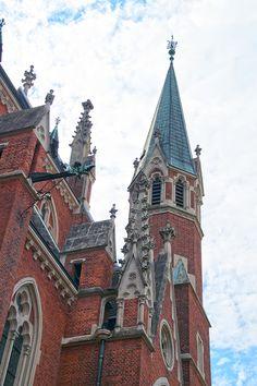 Herz-Jesu-Kirche Kirchen, Barcelona Cathedral, Building, Travel, Places To Visit, Graz, Haus, Viajes, Buildings