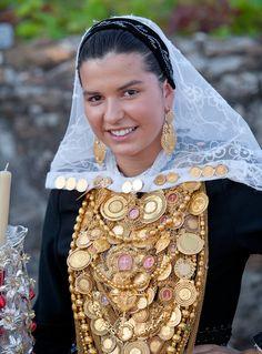Bride from Santa Marta de Portuzelo - Portugal - traditional costume