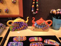 International Quilt Market, More Products and Beautiful Colors (Part Clay Teapots, Teapots And Cups, The Potter's Hand, Cute Teapot, Teapots Unique, Clay Bowl, Chocolate Coffee, Polymer Clay Art, Ceramic Artists