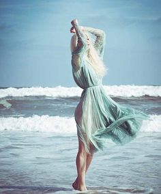 Model Elena Potapova washes ashore on Rockaway Beach as a mermaid in lovely images lensed by Danny Christensen for latest issue of Haute Living. Beach Editorial, Editorial Fashion, Strand Editorial, Beach Shoot, Mode Editorials, Turquoise, Mannequin, Belle Photo, Ideias Fashion