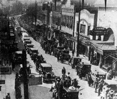 midsouthmemories:  This rare photo depicts a parade for W. C. Handy along Beale Street during the dedication of Handy Park in 1931. It's rather remarkable because it shows 3 Beale Theatres - The Palace at 324 Beale, The Grand at 330-32 Beale, and the New Grand-(Metropolitan-Venus at 336 Beale. The Grand and New Grand were demolished around 1940 to build the @NewDaisyTheatre. @BealeStreetMphs @WCHandy #Memphis #Tennessee #History  Source: historic-memphis.com