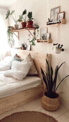 Bedroom Storage Ideas For Clothes, Bedroom Storage For Small Rooms, Room Ideas Bedroom, Home Decor Bedroom, Diy Bedroom, Boho Chic Bedroom, Decorating Walls In Bedroom, Wood Room Ideas, Wooden Furniture Bedroom