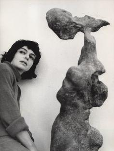 Alina Szapocznikow, The artist with her work Naga (Naked), 1961.