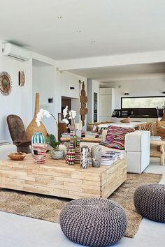 Living room Villa Horizonte, styled with etnic and ecletic influences