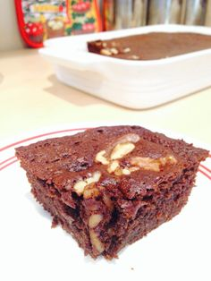"""This is my """"go-to"""" recipe when I want a quick, satisfying dessert. These brownies are moist, rich, and very chocolatey! I lost 8 sizes and reversed Type 2 Diabetes through diet and lifestyle. Paleo Dessert, Gluten Free Desserts, Healthy Desserts, Dessert Recipes, Sweet Potato Brownies, Paleo Sweet Potato, Easy Chocolate Desserts, Paleo Chocolate, Chocolate Chips"""