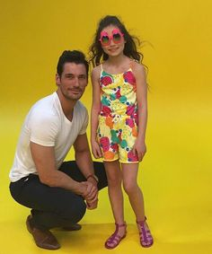 "David Gandy Asst (@DavidGandyAsst) | Twitter. ""Via @Bruce_and_Brown: ""Our Yasmin casually hanging out w @DGandyOfficial, wearing pineapple sunglasses for M&S"""