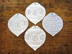 Items similar to Embossed Metal Silver Decorations Indian Inspired Patterns, Medium/Large Christmas Baubles on Etsy Tin Foil Crafts, Tin Foil Art, Aluminum Can Crafts, Tin Art, Metal Crafts, Large Christmas Baubles, Christmas Makes, Christmas Art, Christmas Ornaments