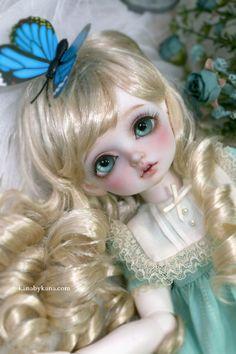 Kana Doll Rosenlied Holiday Child Bambi, how cute!