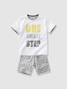 Pijama con short niño BLANCO CLARO LISO CON MOTIVOS